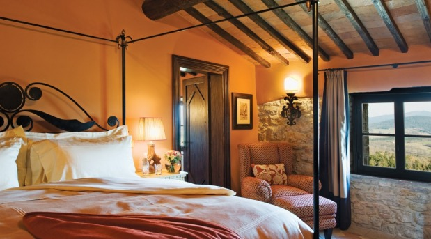 Hotel Castello di Casole bedroom