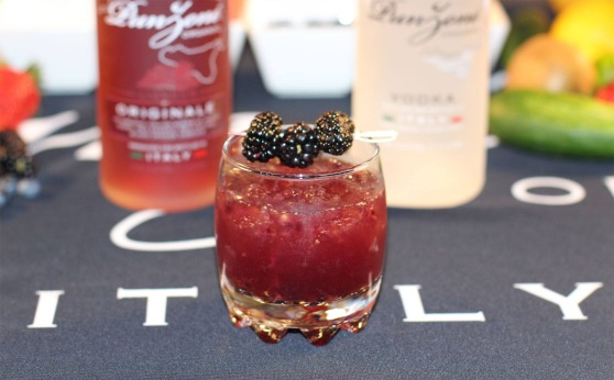 Punzone Blackberry Gimlet
