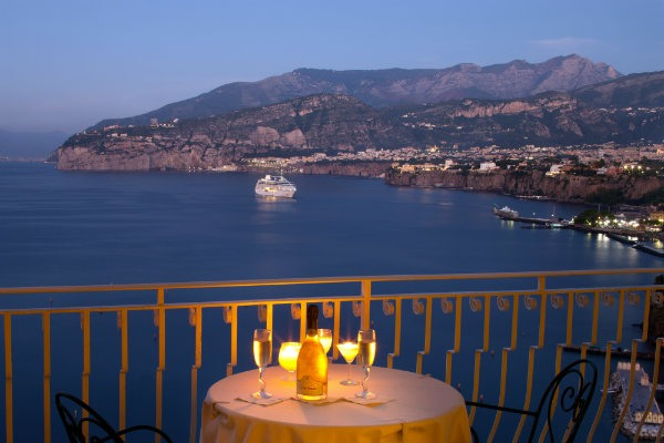 Belair Hotel Sorrento romantic terrace