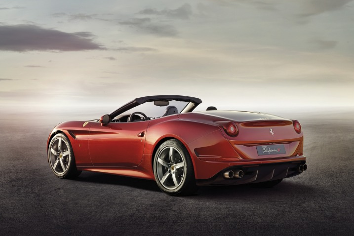 2015 Ferrari California T rear
