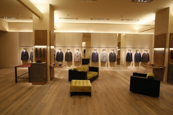 Caruso Debuts New Flagship Store in New York