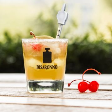 Disaronno Loves Sour