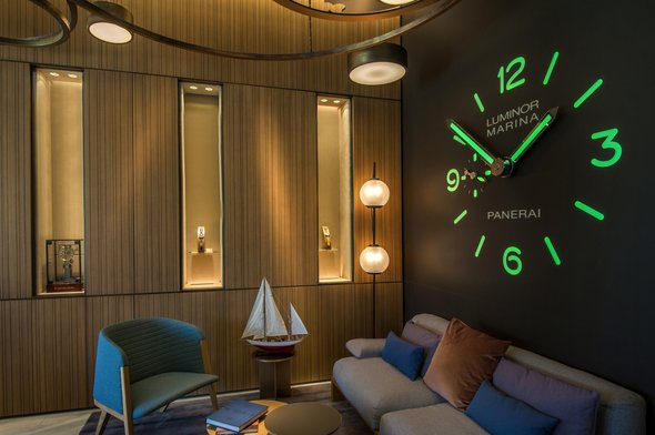 Panerai Miami Design District clock