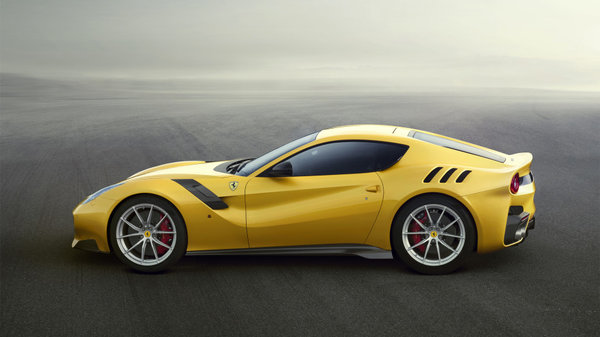 Ferrari F12tdf side