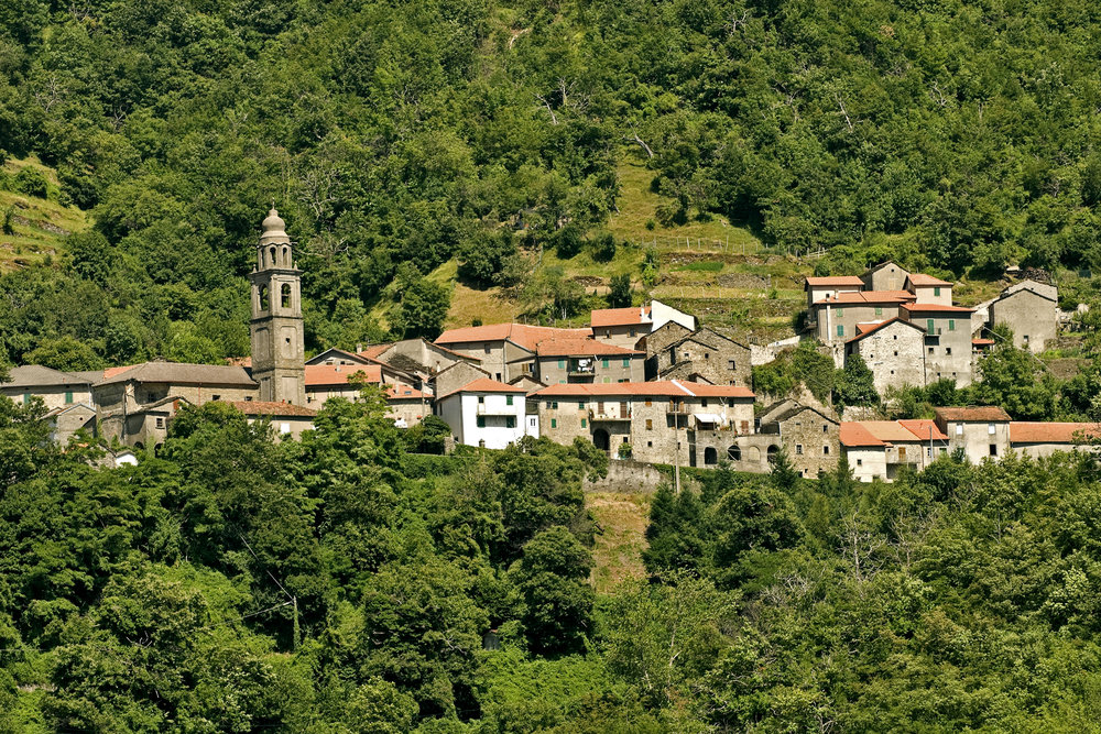 Passo del Cirone (Parma, Emilia, Italy) - Old village in the Appennino