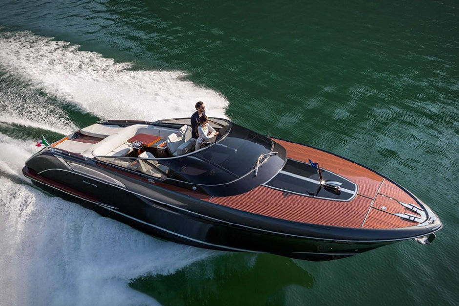 Riva Rivamare Luxury Speedboat side
