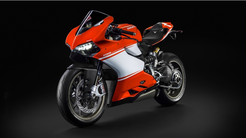 ducati 1299 superleggera satisfies the need for extreme speed