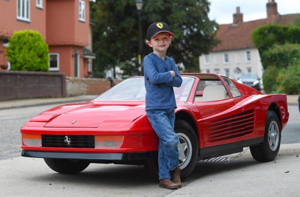 Mini Ferrari 512 Testarossa May Be the Most Expensive Kids Toy Money ...